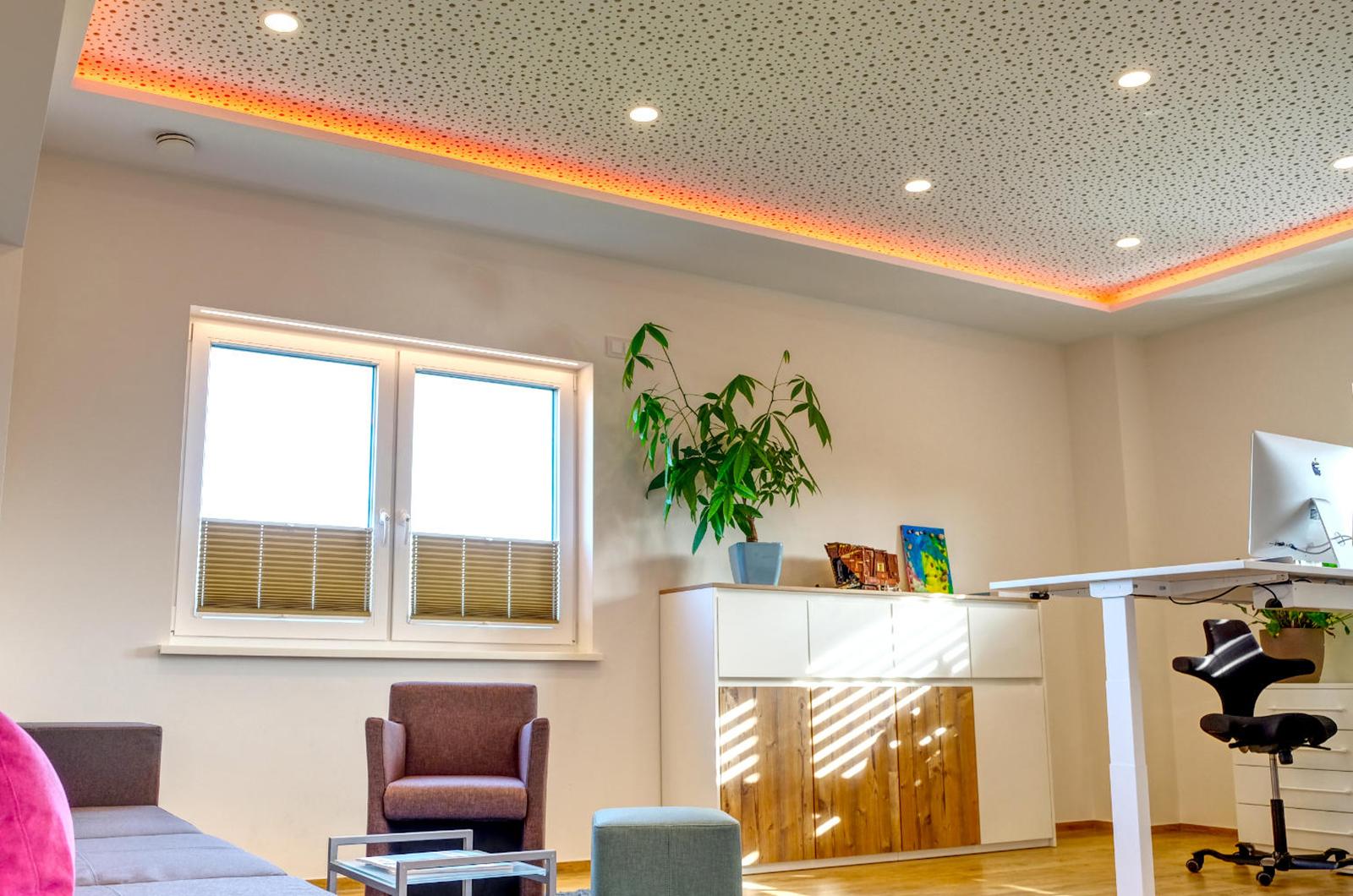 Sehr Indirekte LED Beleuchtung und Lampen im Büro KN32
